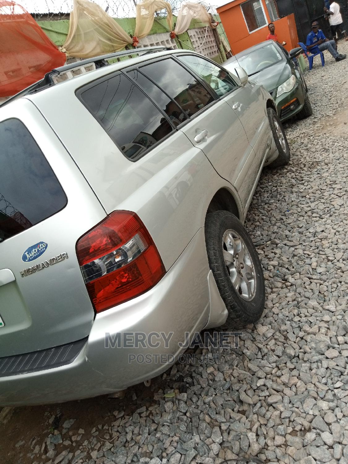 Toyota Highlander 2004 V6 AWD Silver   Cars for sale in Agege, Lagos State, Nigeria