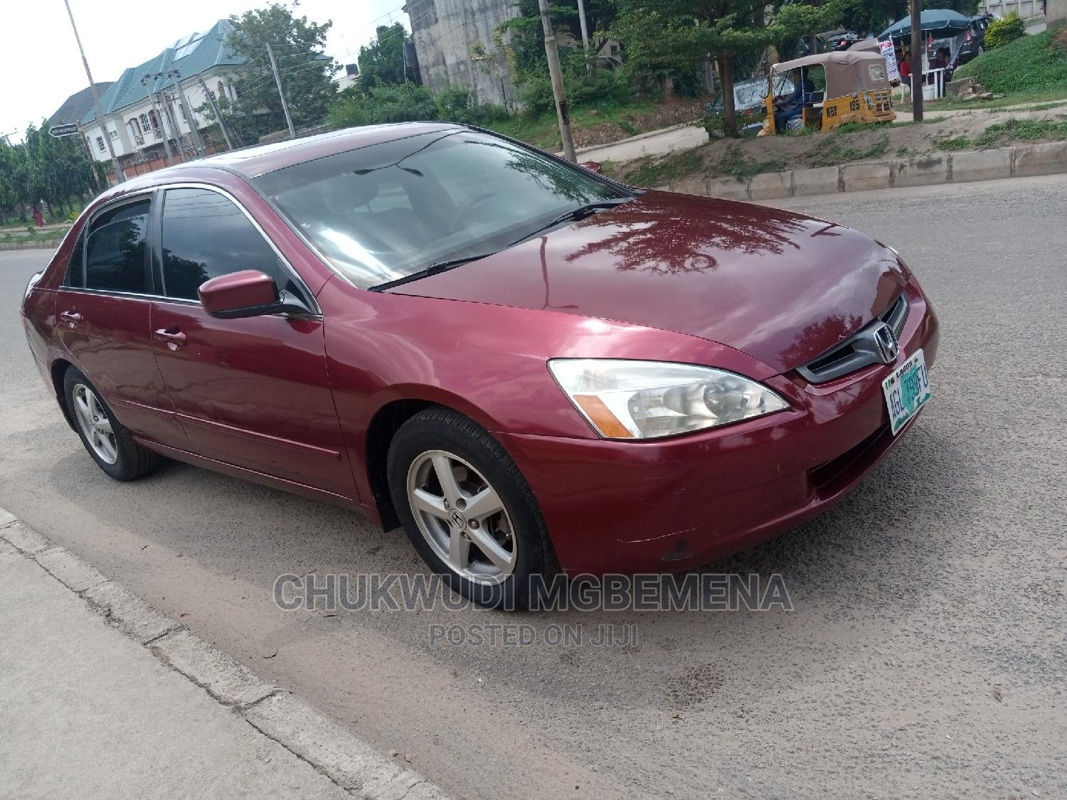 Archive: Honda Accord 2005 2.0 Comfort Automatic Red
