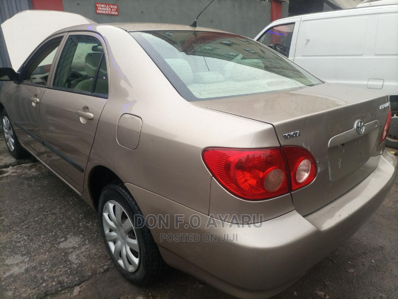 Archive: Toyota Corolla 2008 Gold