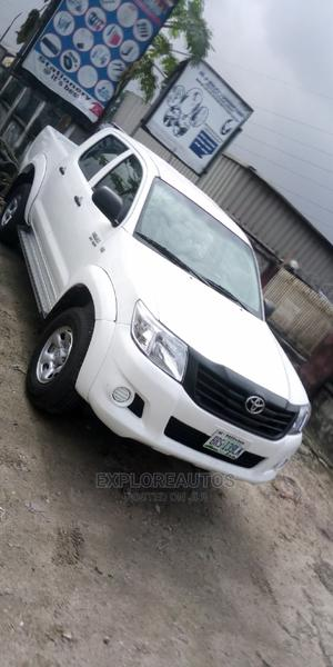 Toyota Hilux 2012 2.7 VVT-i 4X4 SRX White | Cars for sale in Rivers State, Port-Harcourt