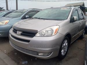 Toyota Sienna 2004 XLE AWD (3.3L V6 5A) Silver   Cars for sale in Lagos State, Apapa