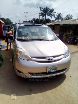 Toyota Sienna 2010 XLE 7 Passenger Gray | Cars for sale in Anambra State, Aguata