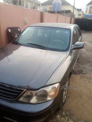 Toyota Avalon 2003 XLS W/ Bucket Seats Gray | Cars for sale in Lagos State, Ejigbo