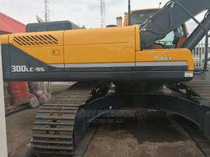 Brand New Excavator Hyundia Robex 30tons | Heavy Equipment for sale in Abuja (FCT) State, Wuse 2