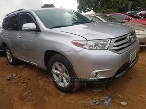 Toyota Highlander 2012 SE Silver | Cars for sale in Lagos State, Magodo