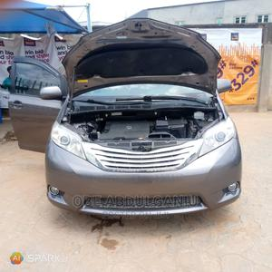 Toyota Sienna 2011 LE 7 Passenger Mobility Gray   Cars for sale in Lagos State, Alimosho