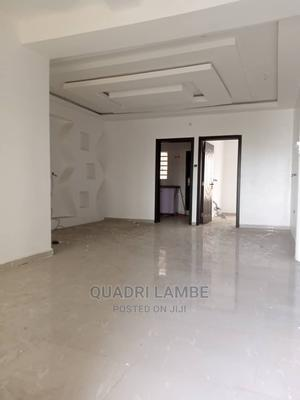 Mini Flat in Off Lawanson for Rent | Houses & Apartments For Rent for sale in Surulere, Lawanson