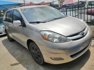 Toyota Sienna 2006 XLE AWD Silver | Cars for sale in Lagos State, Ikeja
