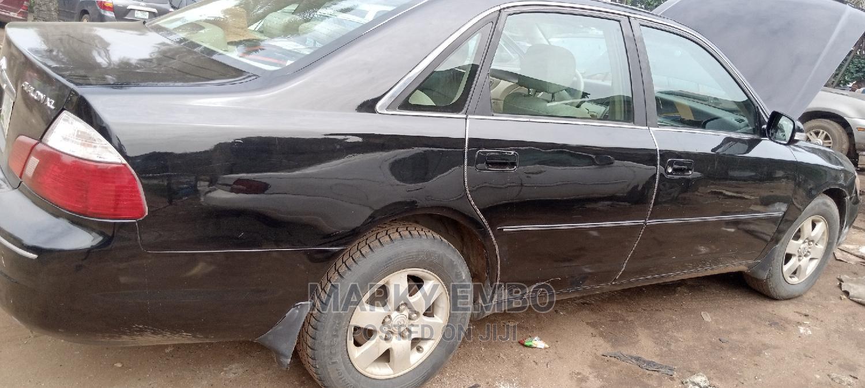 Archive: Toyota Avalon 2001 XL Buckets Black