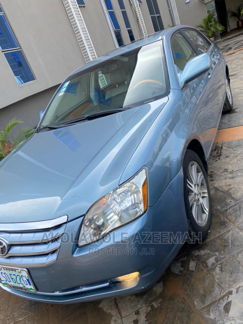 Archive: Toyota Avalon 2008 Blue