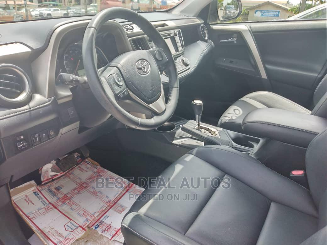 Archive: Toyota RAV4 2013 Silver