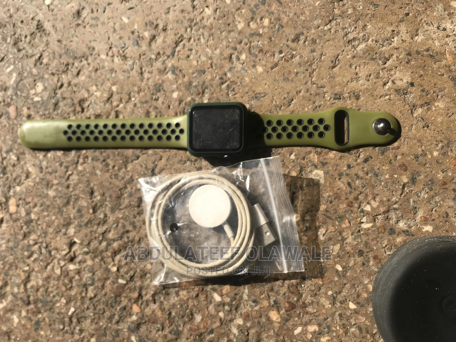 Archive: Apple Watch Series 3 38mm