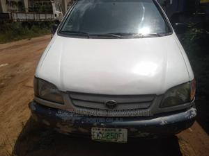 Toyota Sienna 1999 White | Cars for sale in Lagos State, Ojo