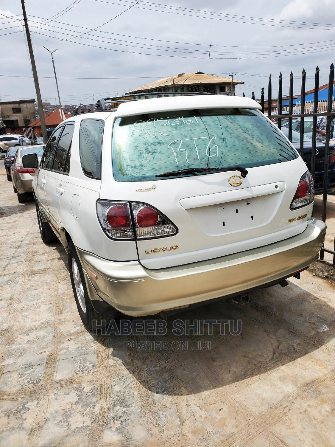 Lexus RX 2000 White | Cars for sale in Ibadan, Oyo State, Nigeria
