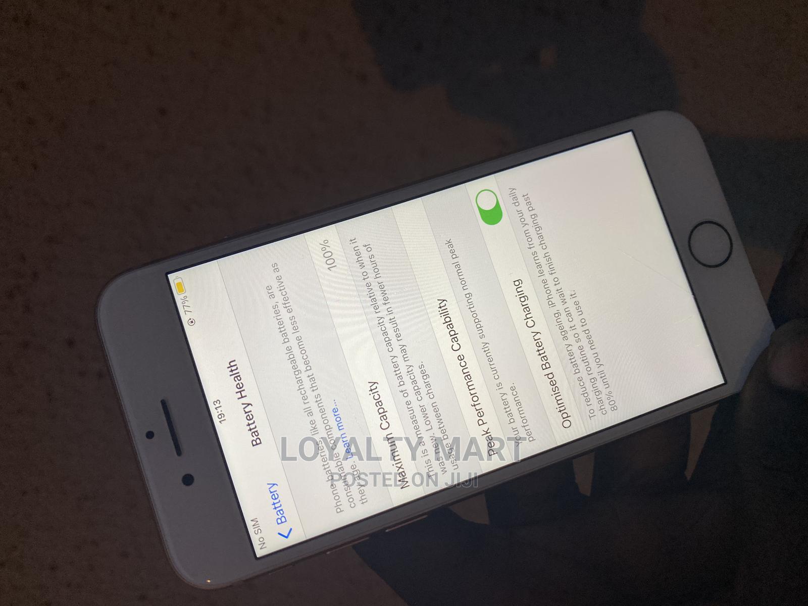 Apple iPhone 8 64 GB Gold   Mobile Phones for sale in Ikorodu, Lagos State, Nigeria