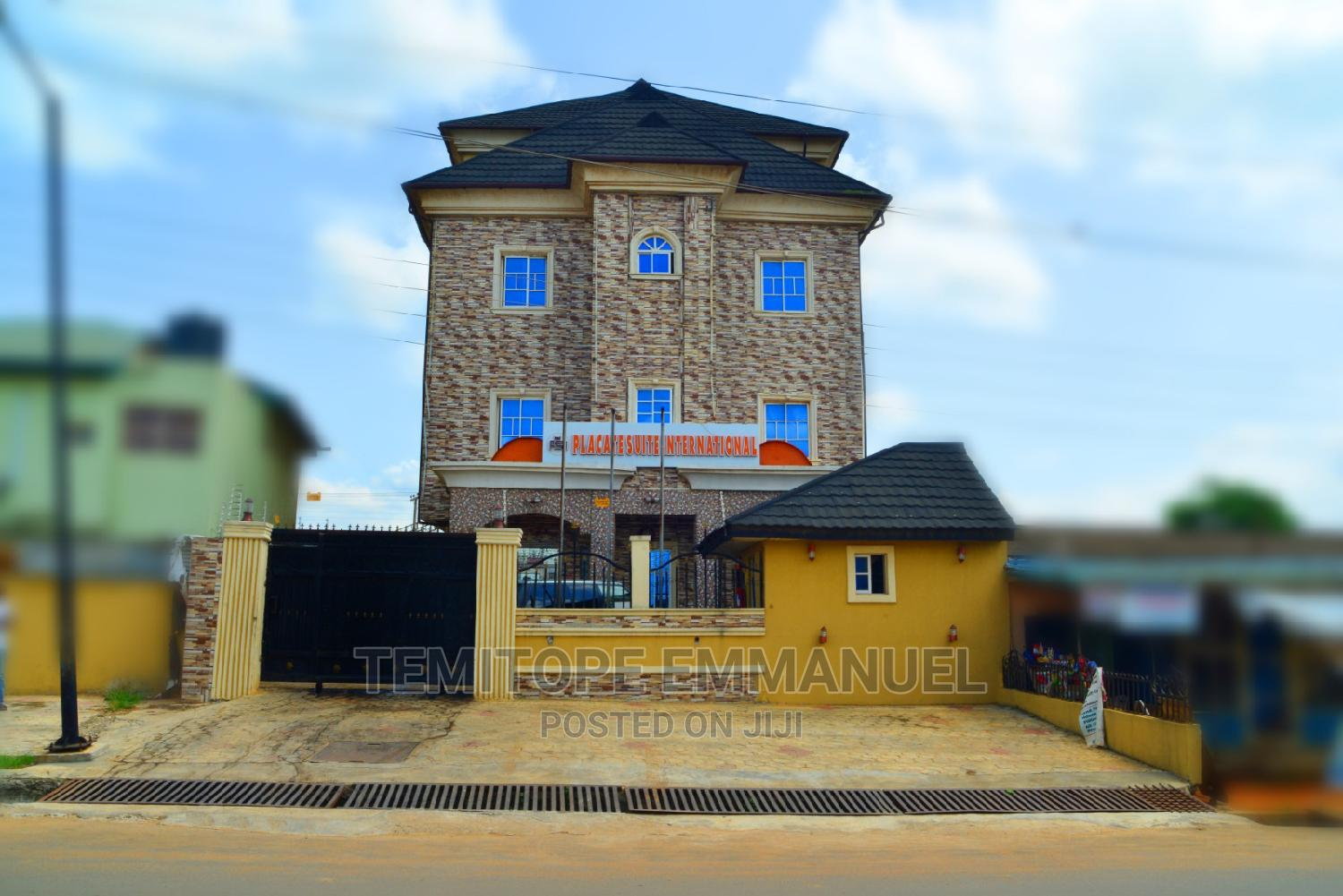 Hotel of 18 Room With 3 Suits on 2plot of Land Wit Micano