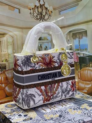 Christian Dior Handbags for Women | Bags for sale in Lagos State, Lekki
