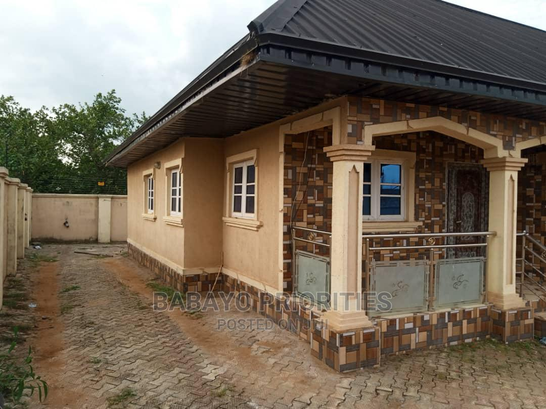 Archive: 2bdrm Block of Flats in Benin City for Rent