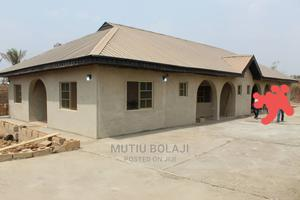 Furnished 3bdrm Bungalow in Apete, Ido for Sale | Houses & Apartments For Sale for sale in Oyo State, Ido