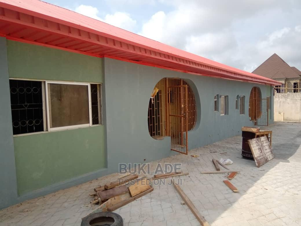 3bdrm Block of Flats in Oluyole Estate, Ibadan for Rent