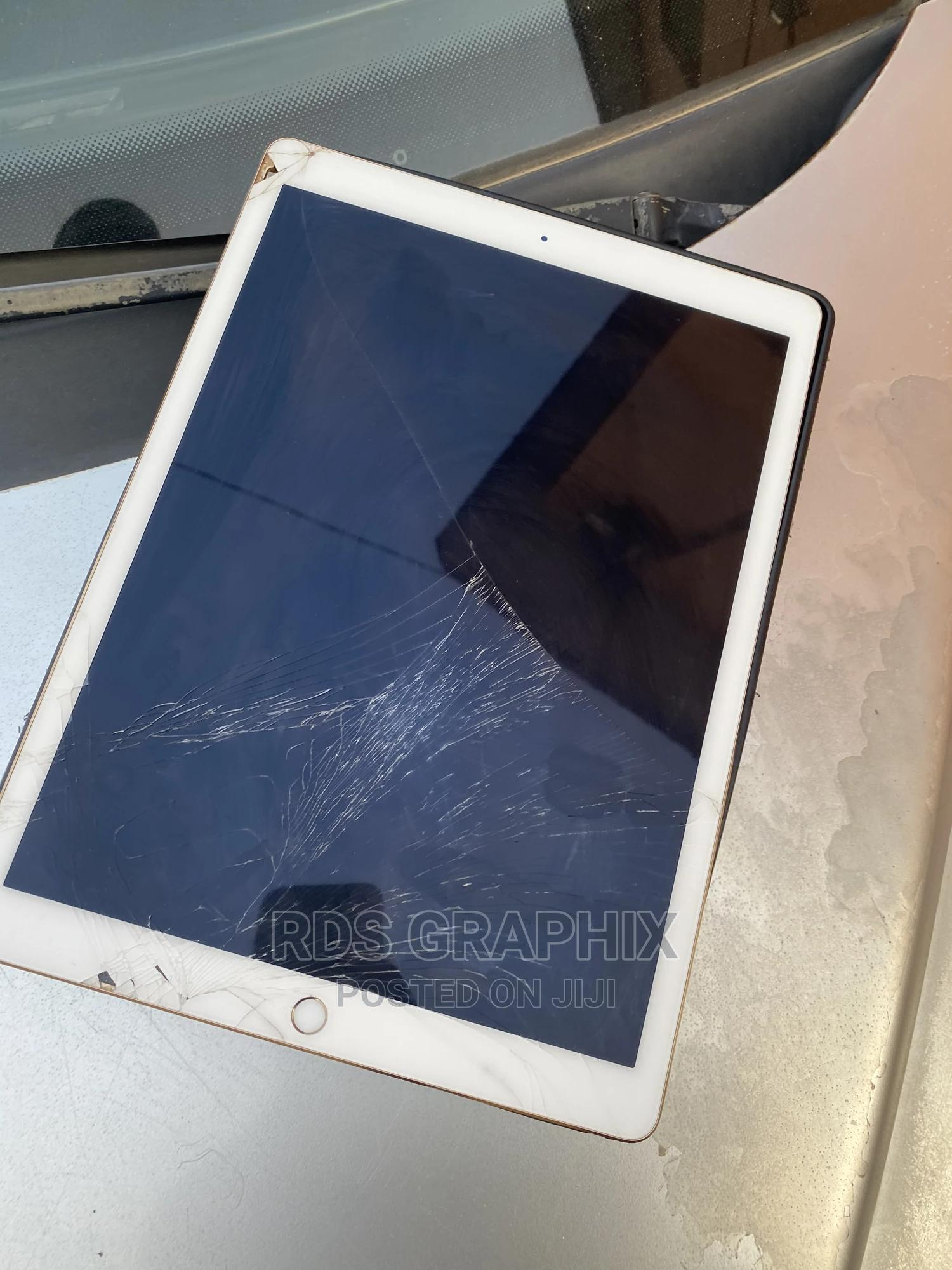 Archive: Apple iPad Pro 12.9 (2015) 128 GB Other