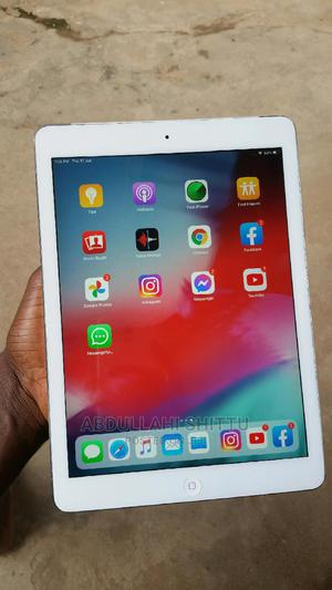Apple iPad Air 32 GB Silver   Tablets for sale in Lagos State, Kosofe