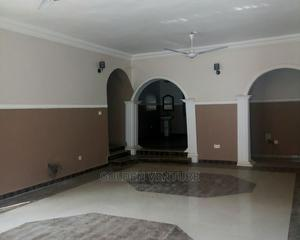 3bdrm Block of Flats in Utako for Rent | Houses & Apartments For Rent for sale in Abuja (FCT) State, Utako