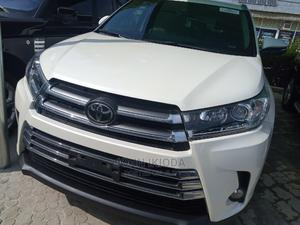 Toyota Highlander 2018 White   Cars for sale in Abuja (FCT) State, Durumi