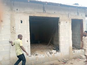 A Newly Build Shop to Let at New Road Roundabout Rumuodumaya   Commercial Property For Rent for sale in Rivers State, Obio-Akpor