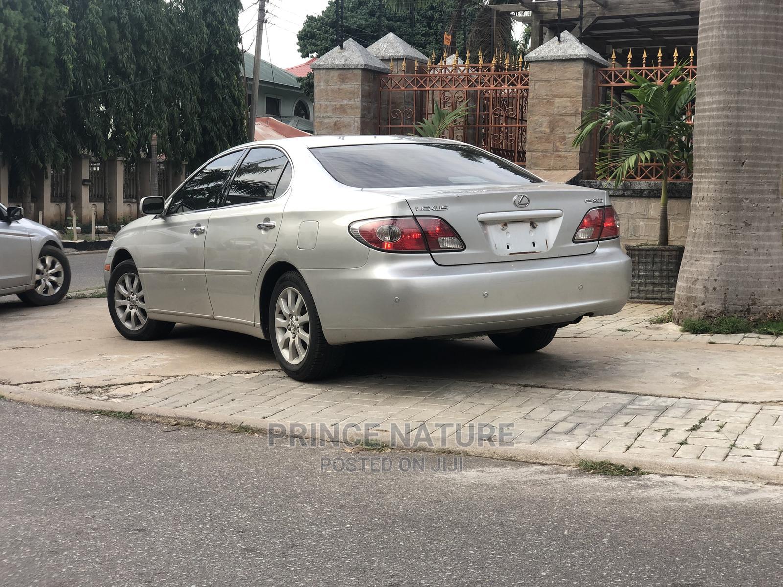 Lexus ES 2002 300 Silver   Cars for sale in Garki 2, Abuja (FCT) State, Nigeria