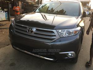 Toyota Highlander 2013 Limited 3.5l 4WD Gray | Cars for sale in Lagos State, Mushin