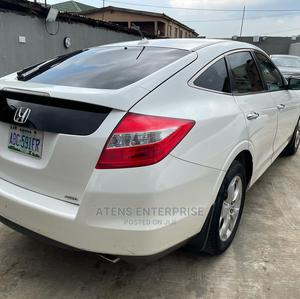 Honda Accord CrossTour 2010 EX-L White | Cars for sale in Lagos State, Ogba