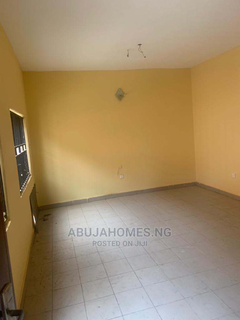 Archive: 2bdrm Block of Flats in Jabi for Rent