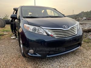Toyota Sienna 2011 LE 7 Passenger Mobility Blue   Cars for sale in Abuja (FCT) State, Gwarinpa