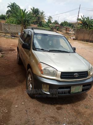 Toyota RAV4 2001 Gold   Cars for sale in Ogun State, Abeokuta South