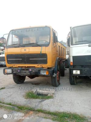 Tokunbo Mercedes 1617 Truck, 4x4 Auxilary Front N Back Axle | Trucks & Trailers for sale in Lagos State, Amuwo-Odofin
