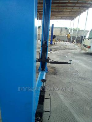 4ton 2post Car Lift | Heavy Equipment for sale in Lagos State, Yaba