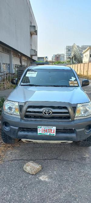 Toyota Tacoma 2009 Double Cab V6 Automatic Silver   Cars for sale in Lagos State, Victoria Island