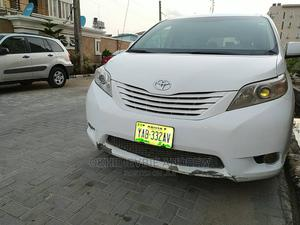 Toyota Sienna 2012 LE 7 Passenger White | Cars for sale in Lagos State, Ajah