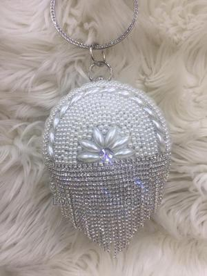 Quality Designer Ladies Clutch Purse. Silver Clutch Purse | Bags for sale in Lagos State, Ikeja