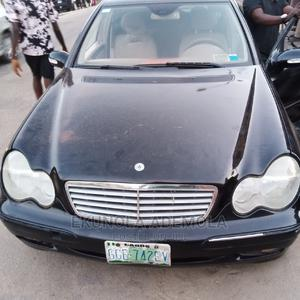 Mercedes-Benz C240 2004 Black | Cars for sale in Lagos State, Shomolu