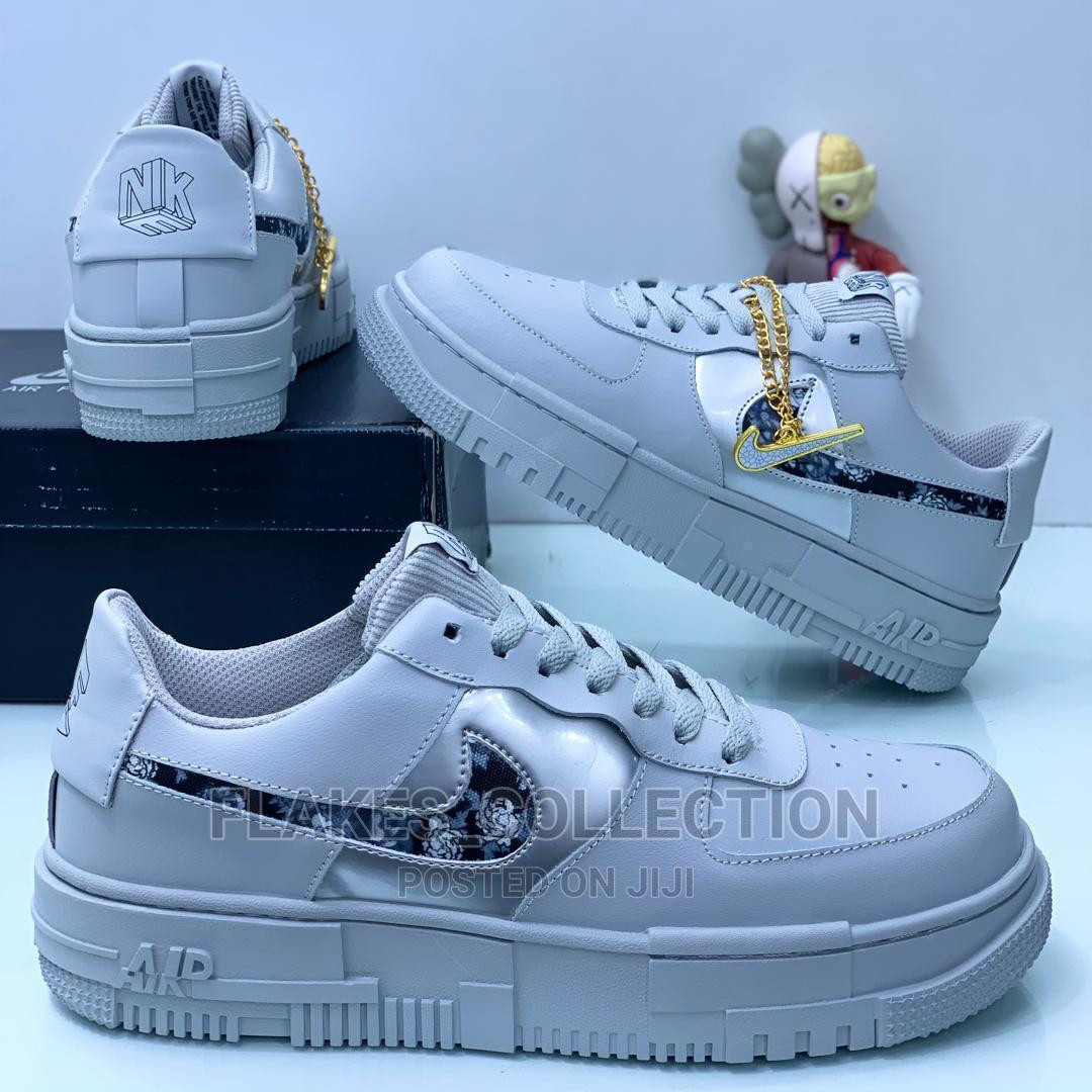 ADIDAS Sneakers Is   Shoes for sale in Lagos Island (Eko), Lagos State, Nigeria