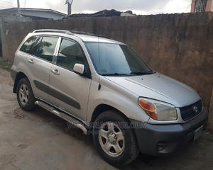 Toyota RAV4 2005 2.0 Automatic Silver | Cars for sale in Lagos State, Apapa