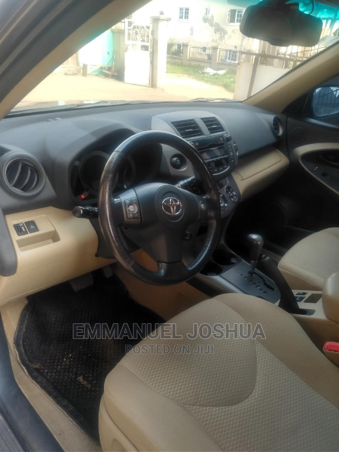 Toyota RAV4 2010 3.5 Limited 4x4 Gray   Cars for sale in Kubwa, Abuja (FCT) State, Nigeria