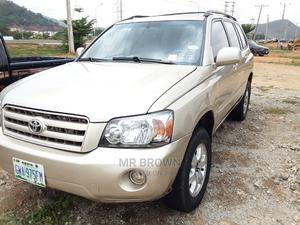 Toyota Highlander 2006 Gold | Cars for sale in Abuja (FCT) State, Katampe