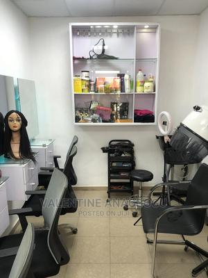 A 5-stand Unisex Beauty Salon For Sale | Commercial Property For Sale for sale in Lagos State, Isolo