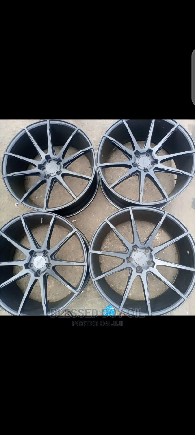 22 Inches for BMW and Range Rover Available Smart Black