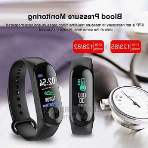 Smart Band Fitness Tracker Heart Rate Blood Pressure Monitor | Smart Watches & Trackers for sale in Lagos State, Ogba