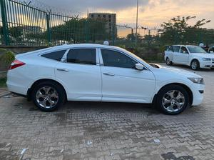 Honda Accord CrossTour 2011 EX White   Cars for sale in Abuja (FCT) State, Wuse