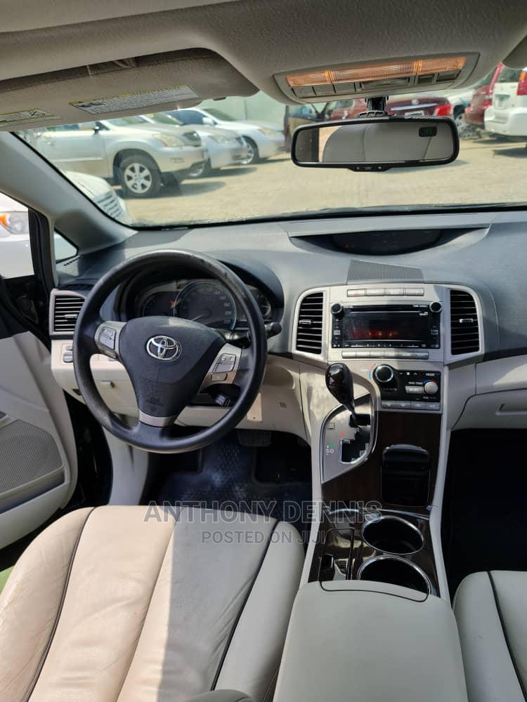 Archive: Toyota Venza 2010 AWD Black